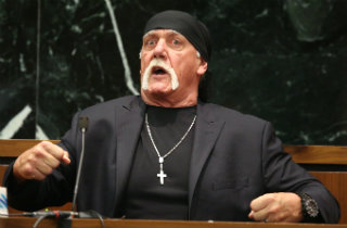 Hulk Hogan testifying in Gawker trial (Pool photo via Tampa Bay Times)