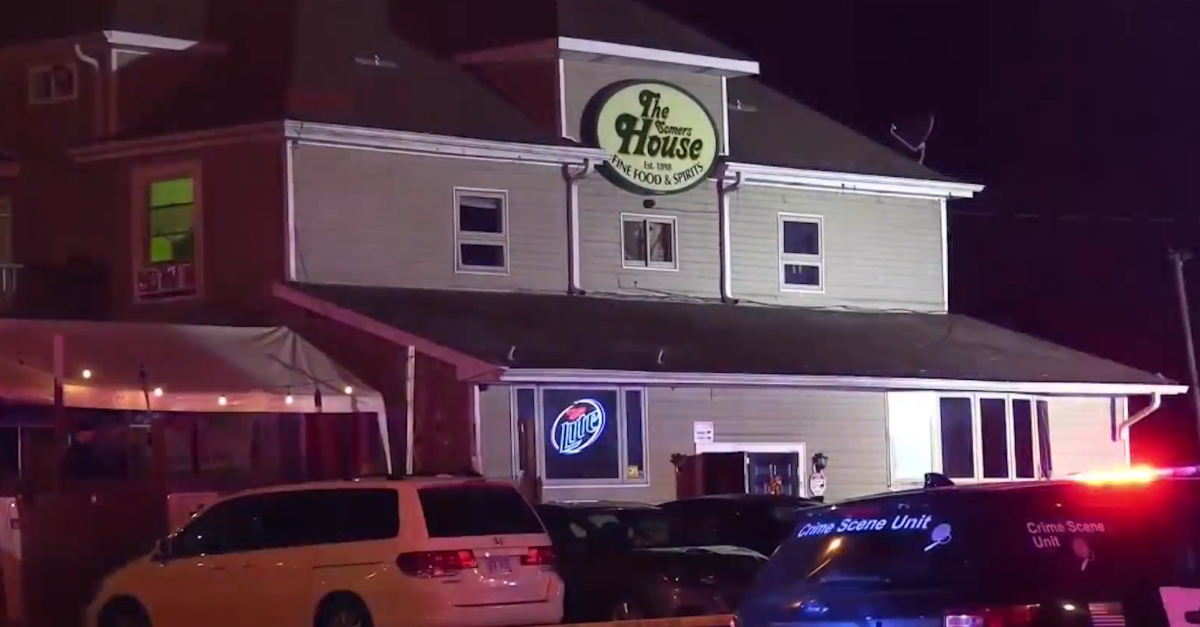 3 dead, 2 wounded in shooting at Wisconsin tavern, official says