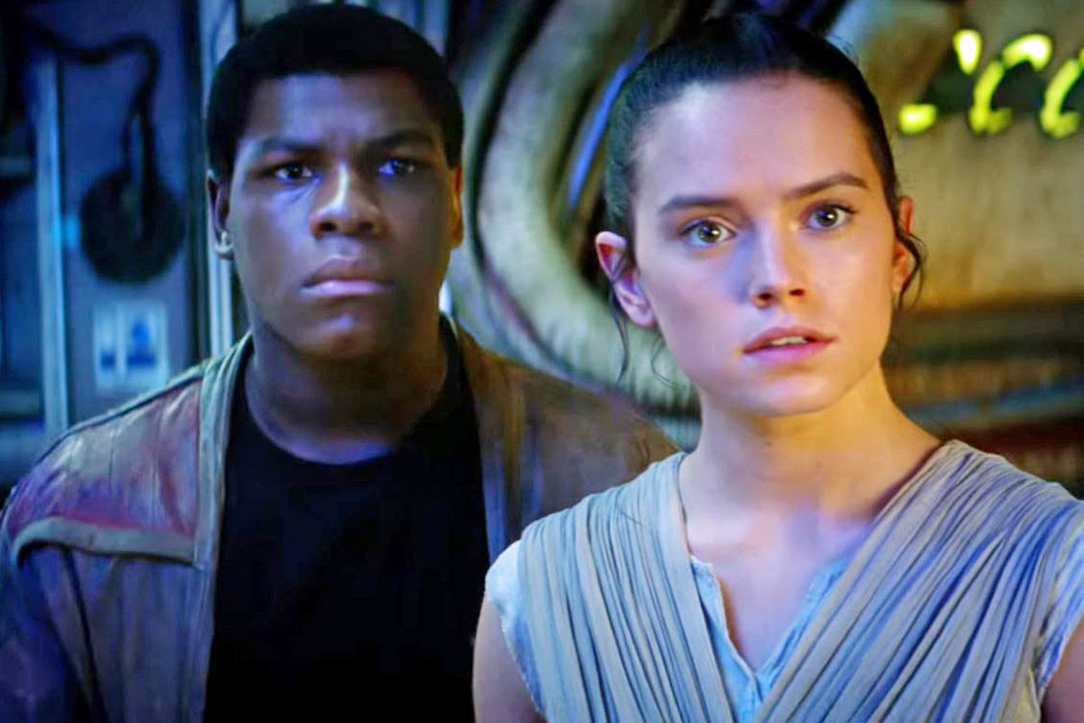Rey and Finn look dumbfounded together.