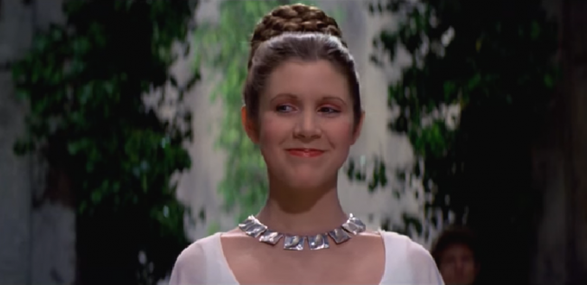 Screengrab of Carrie Fisher as Leia wearing the chalcedony waves in A New Hope