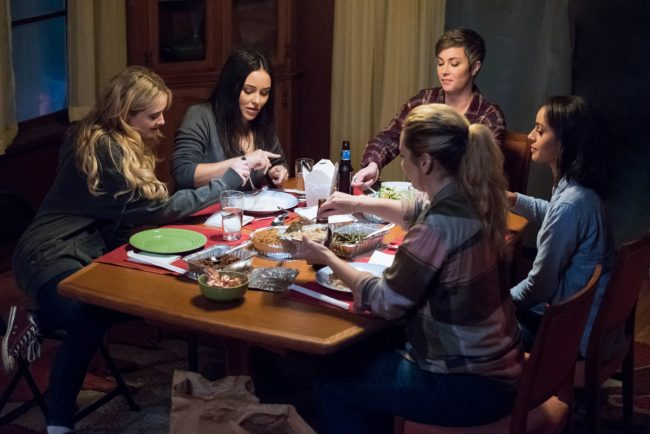 Kathryn Newton as Claire, Katherine Ramdeen as Alex, Kim Rhodes as Jody Mills, Briana Buckmaster as Donna and Clark Backo as Patience in Wayward Sisters