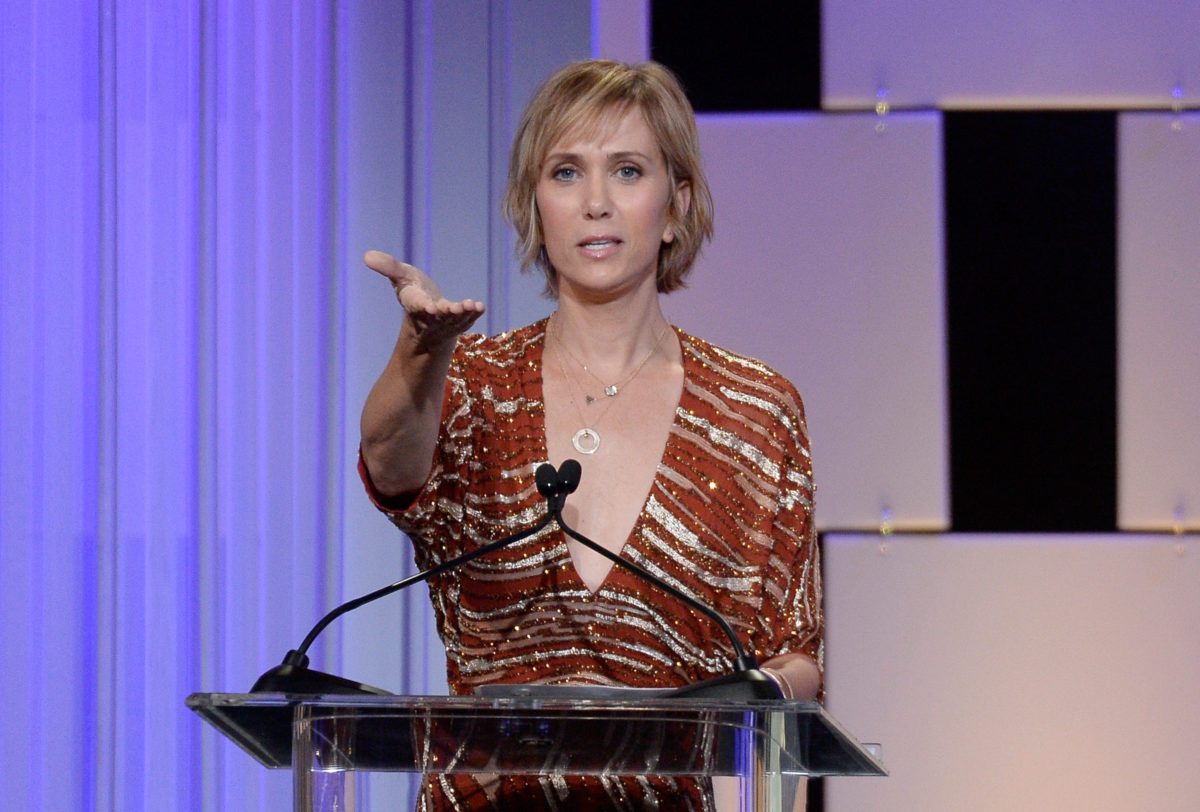 kristen wiig pulls production out of georgia over abortion ban.