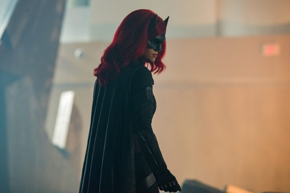 Batwoman's Showrunner Clarifies: Kate Kane Won't Die