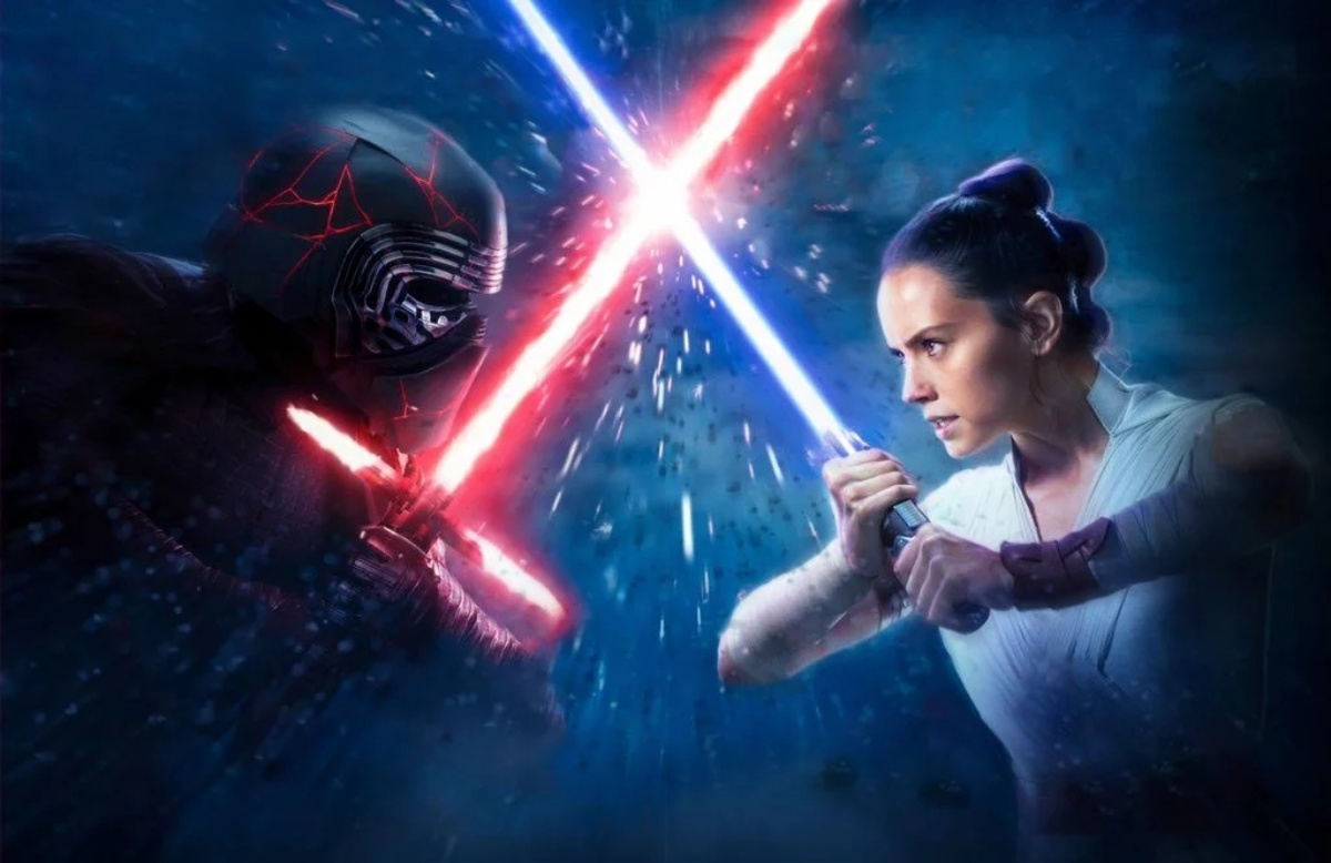 Kylo Ren and Rey fighting like siblings
