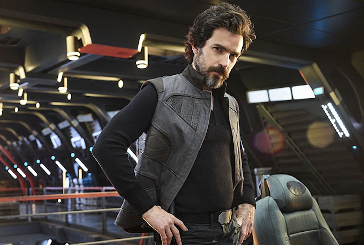 Santiago Cabrera as Cristobal Rios