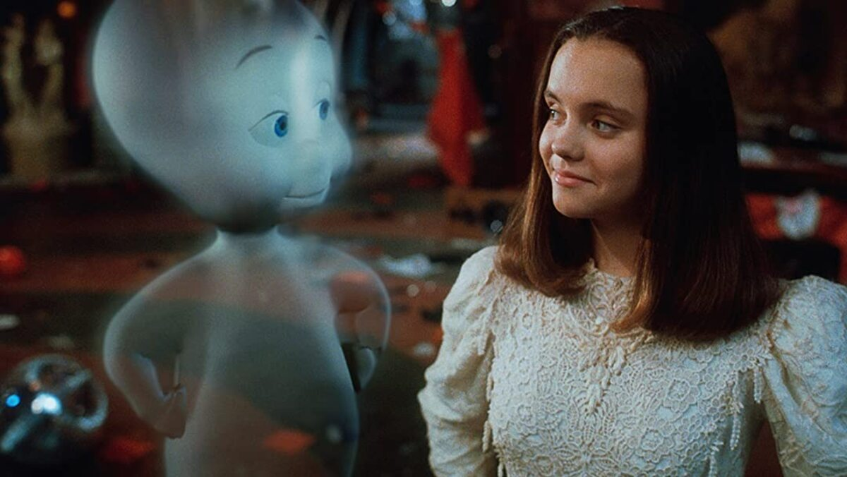 a ghost makes eyes at christina ricci in casper