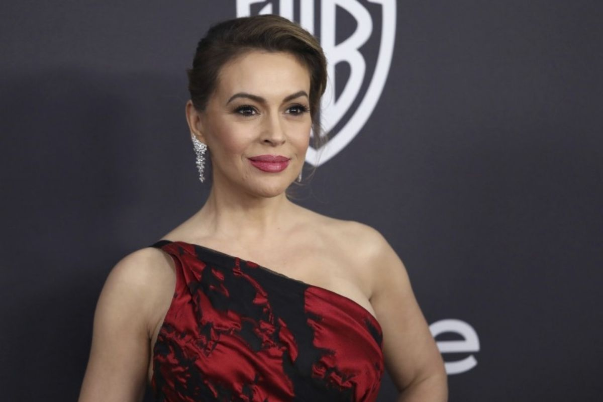 Alyssa Milano's Casting in Nora Roberts Brazen Virtue Makes Conservatives Big Mad